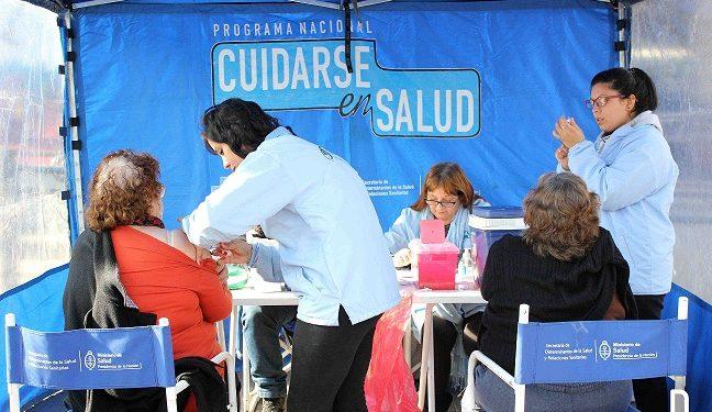 25-07-16 Continúan los operativos sanitarios gratuitos en Monte Chingolo 01